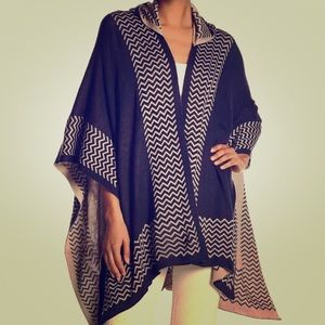 Hooded ruana
